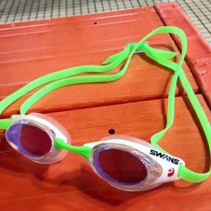 แว่นว่ายน้ำ