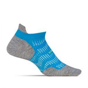 ถุงเท้า เชือก แผ่นรอง ดูแลรองเท้า
